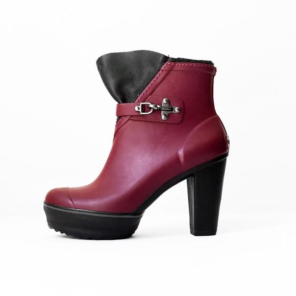 04ed2e964ea SOREL waterproof platform red rain boots booties. M 5b4522ffa5d7c62bed958137